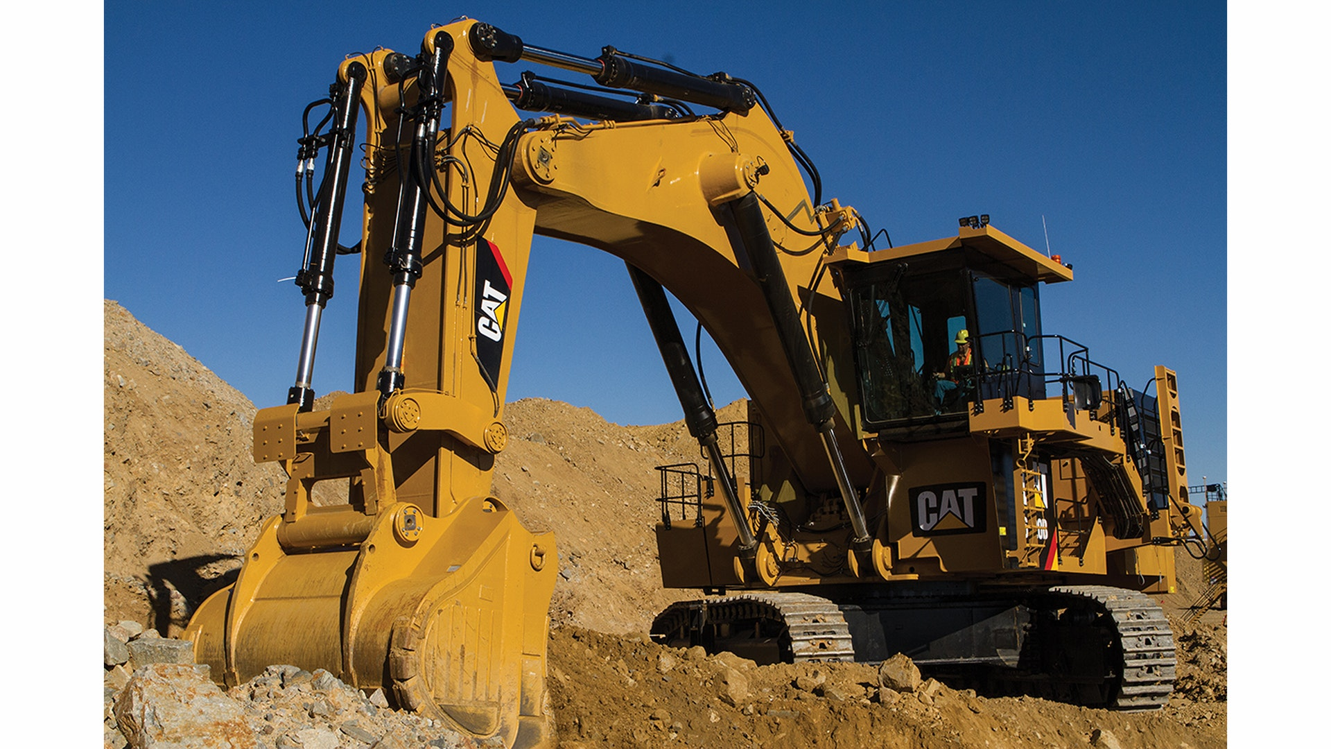 New Cat 6020b Hydraulic Mining Shovel Offers Improved